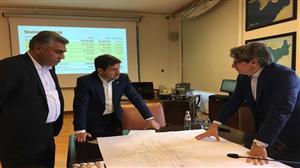 در سفر مدیرعامل سازمان بنادر و دریانوردی به ایتالیا و در دیدار با مدیر منطقه آزاد و بندر تریسته مطرح شد: توسعه همکاریهای دریایی و بندری ایران با ایتالیا